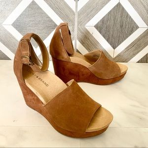 Lucky brand brown suede wedge 8.5